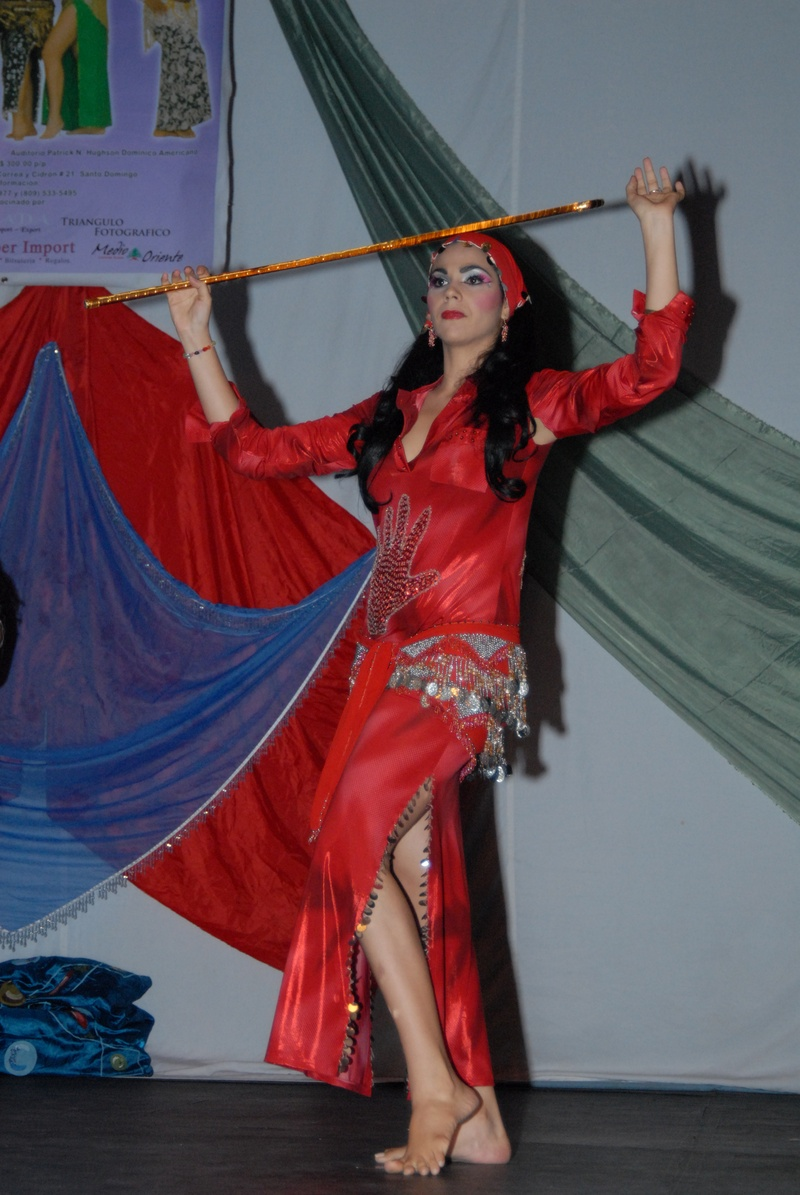 Raks Al Assaya o danza del bastón